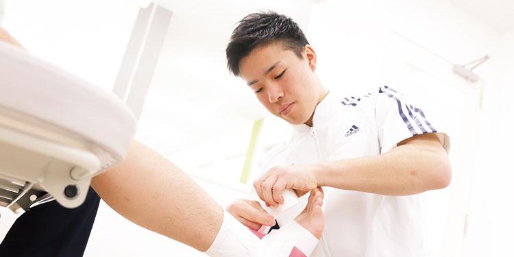柔道整復スポーツトレーナー学科の様子
